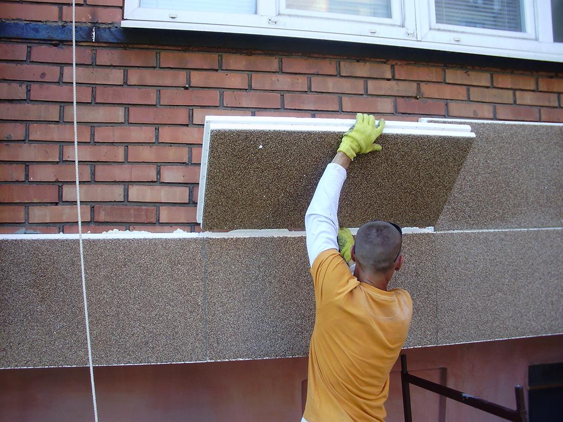 Отделка фасадных стен своими руками